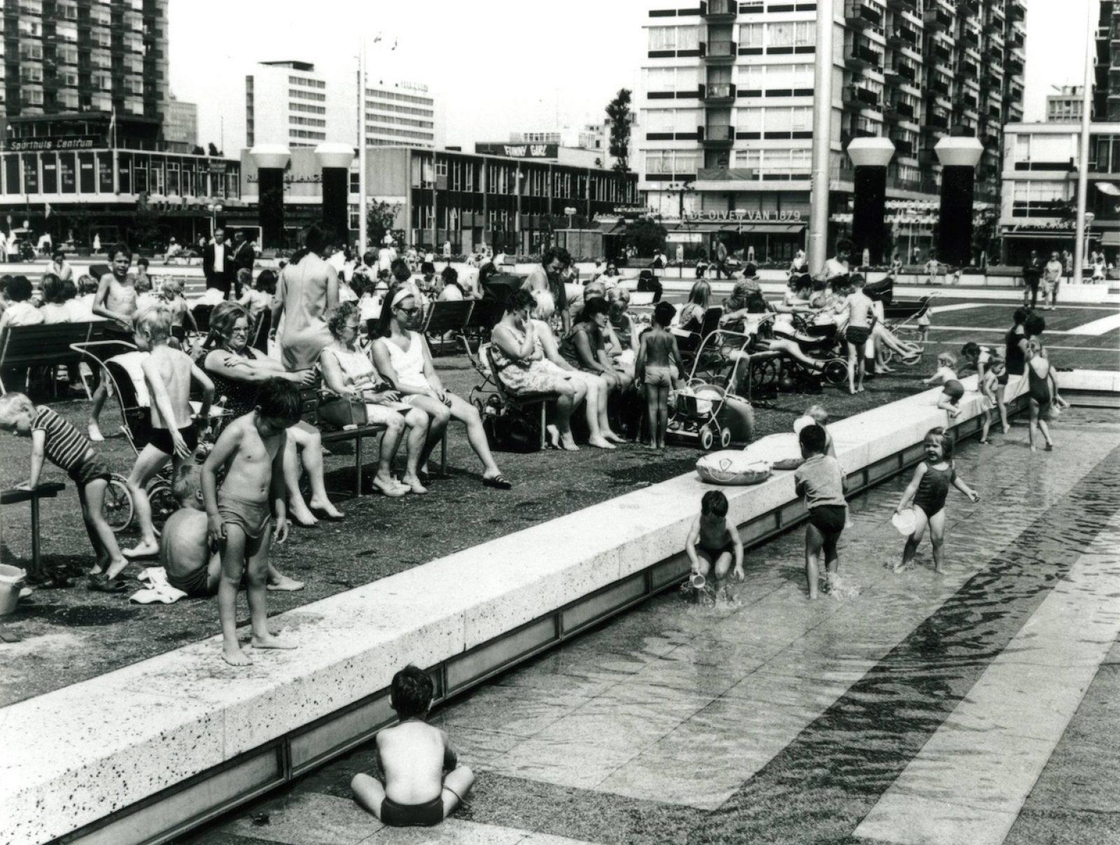 01 schouwburgplein 1969