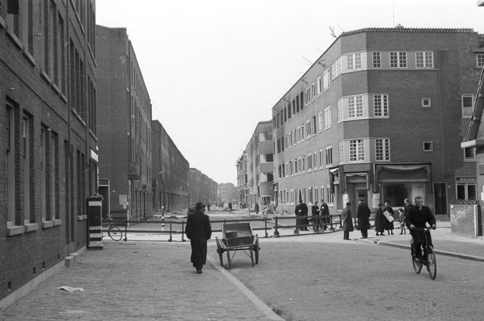 1943 04 Rosener Manzstraat Grimeyer NL Rt SA 4156 1980 5381 01