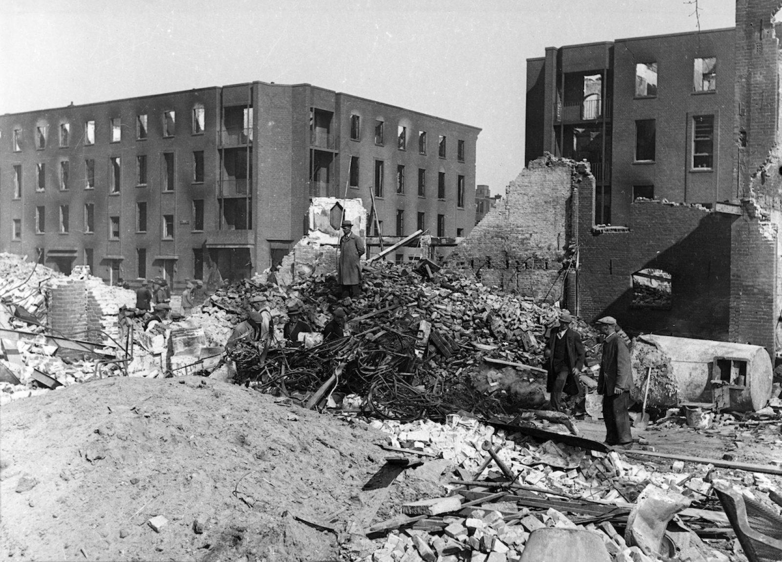 1943 zomer anoniem Gijsingstraat NL Rt SA 4100 XXXIII 632 00 04 13 01