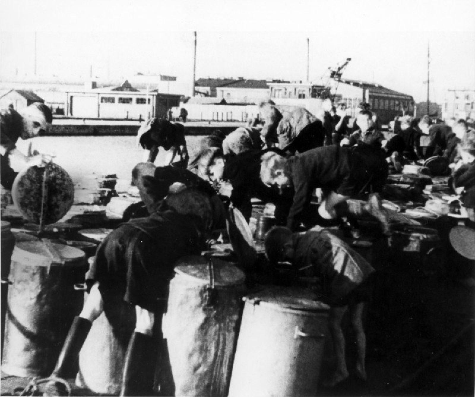 1944 voedselresten ANP 550246768