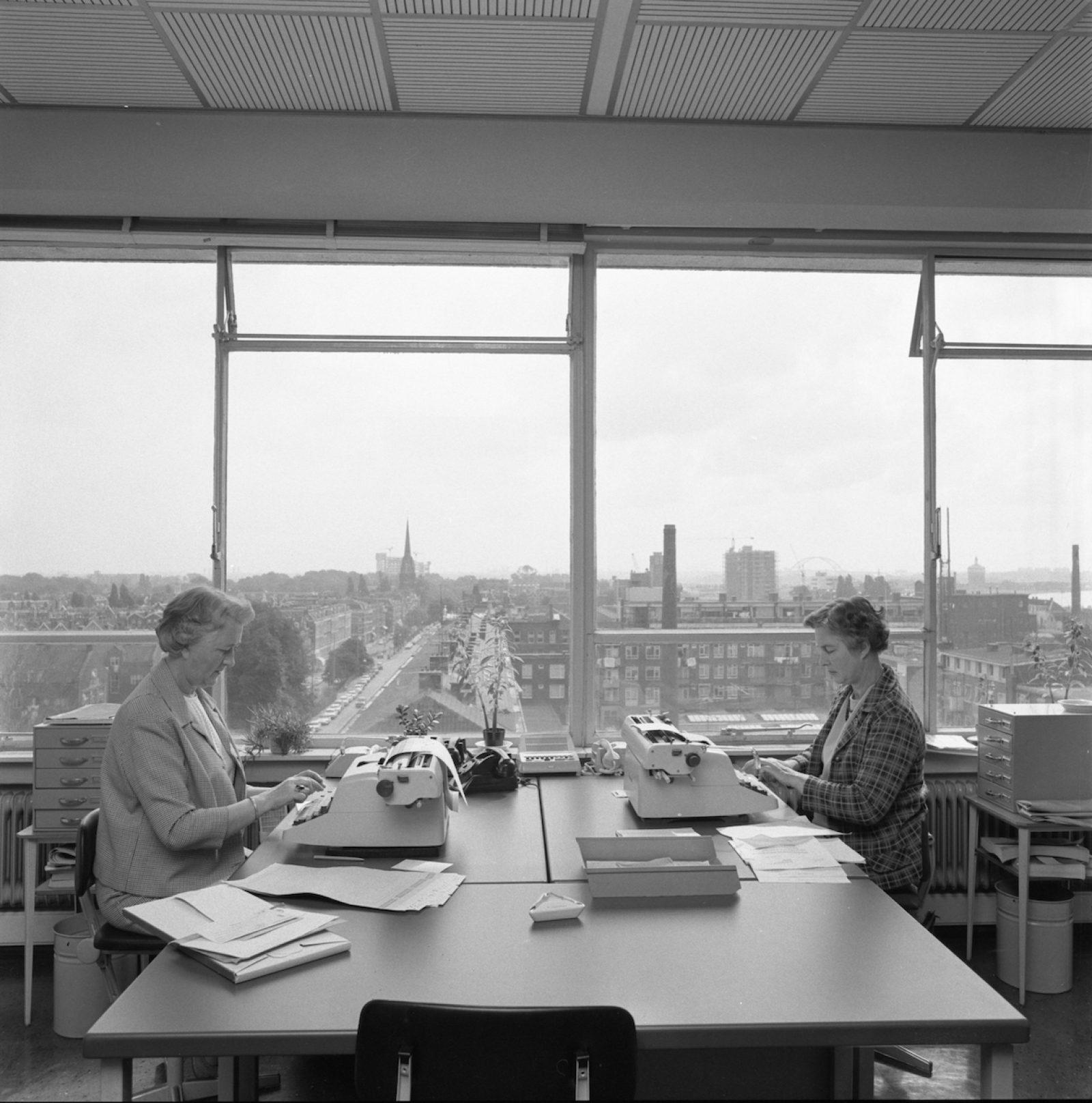 1968 08 Oostzeedijk AG NL Rt SA 4121 11222 01