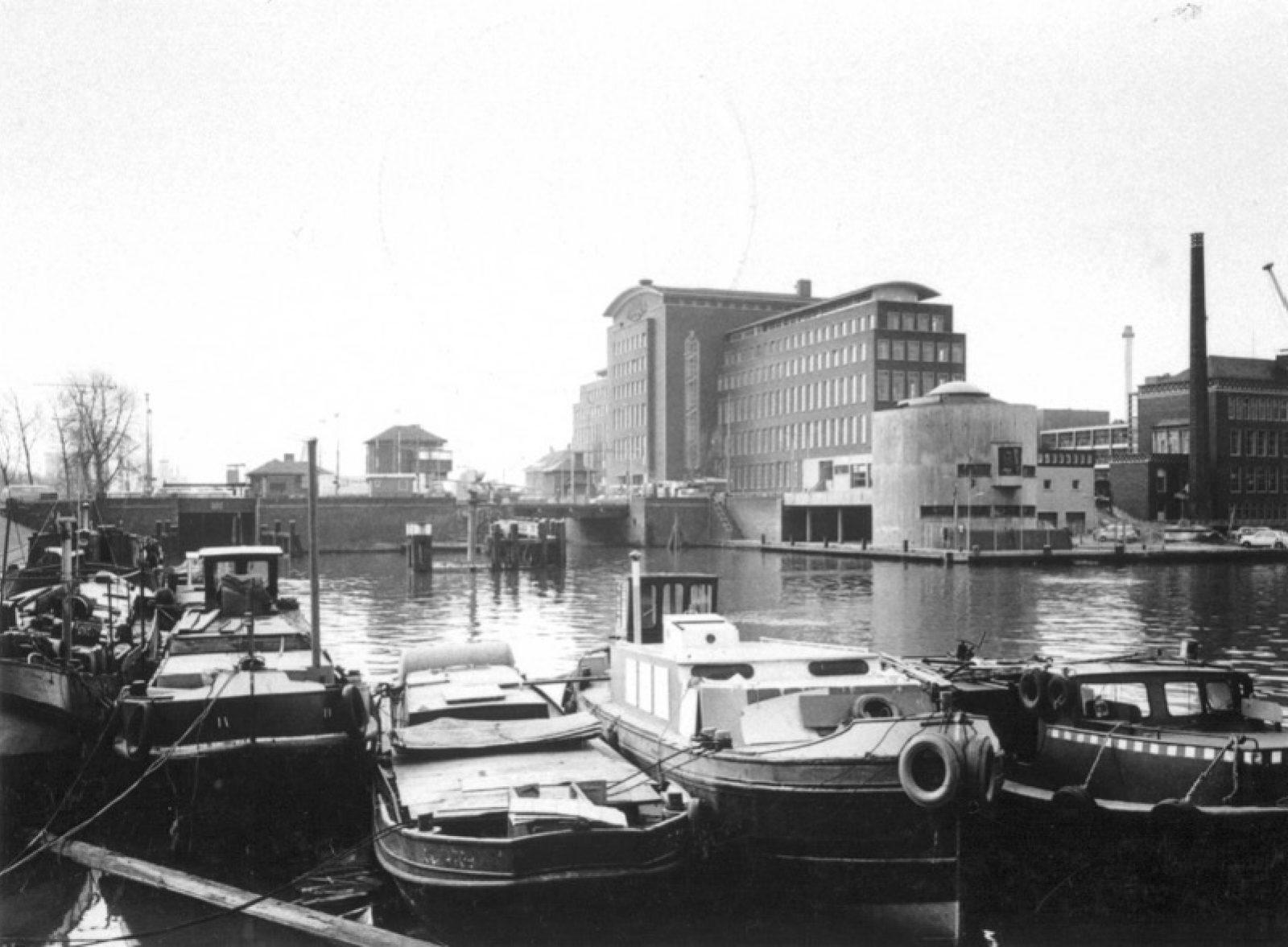 1970 Coolhaven Topo NL Rt SA 4202 1970 429 01