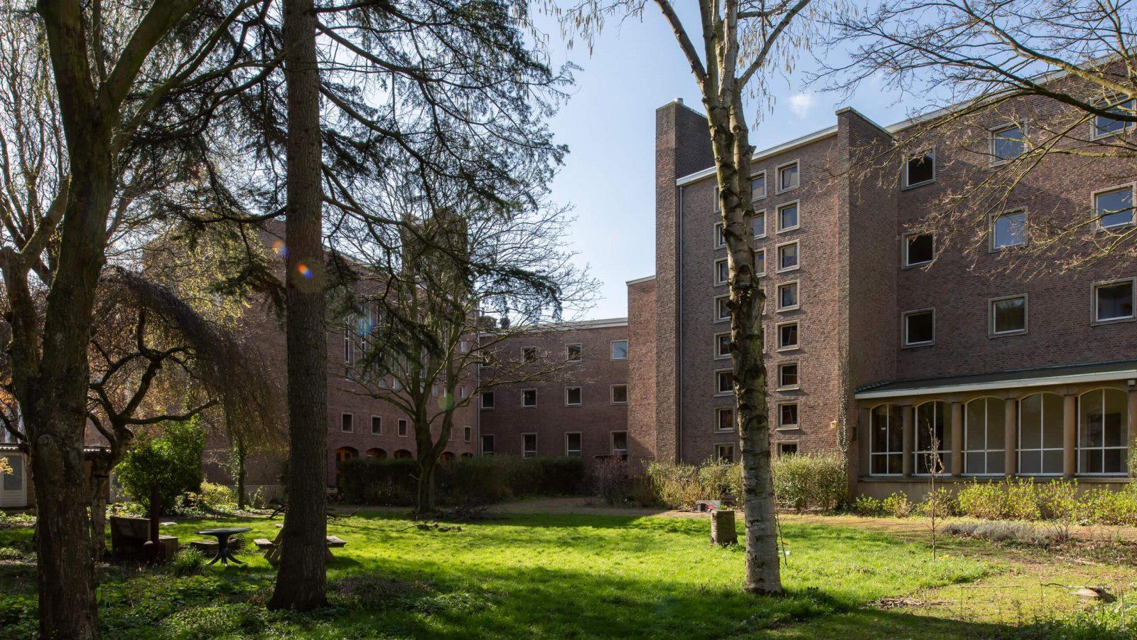 2021 Marlies Lageweg SPWR klooster6 Regina Pacis