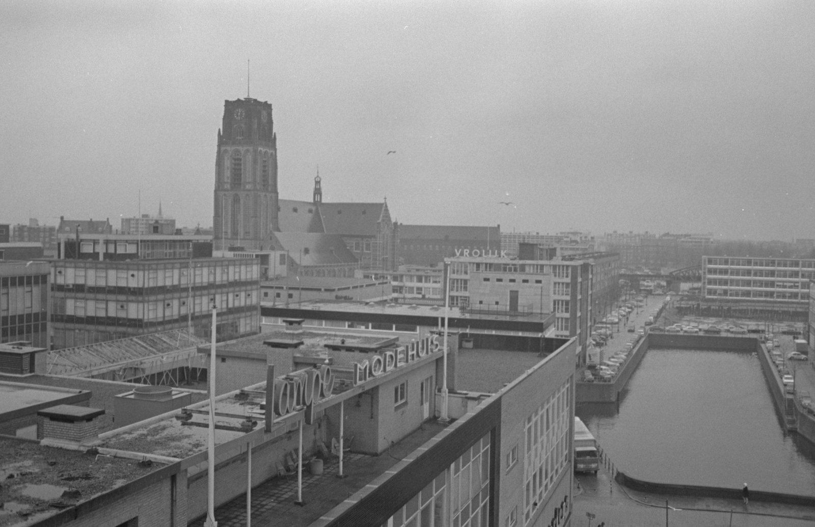 Uitzicht op Laurenskerk Hoogstraat en Steigersgracht_NL Rt SA 4121 21665 2 34