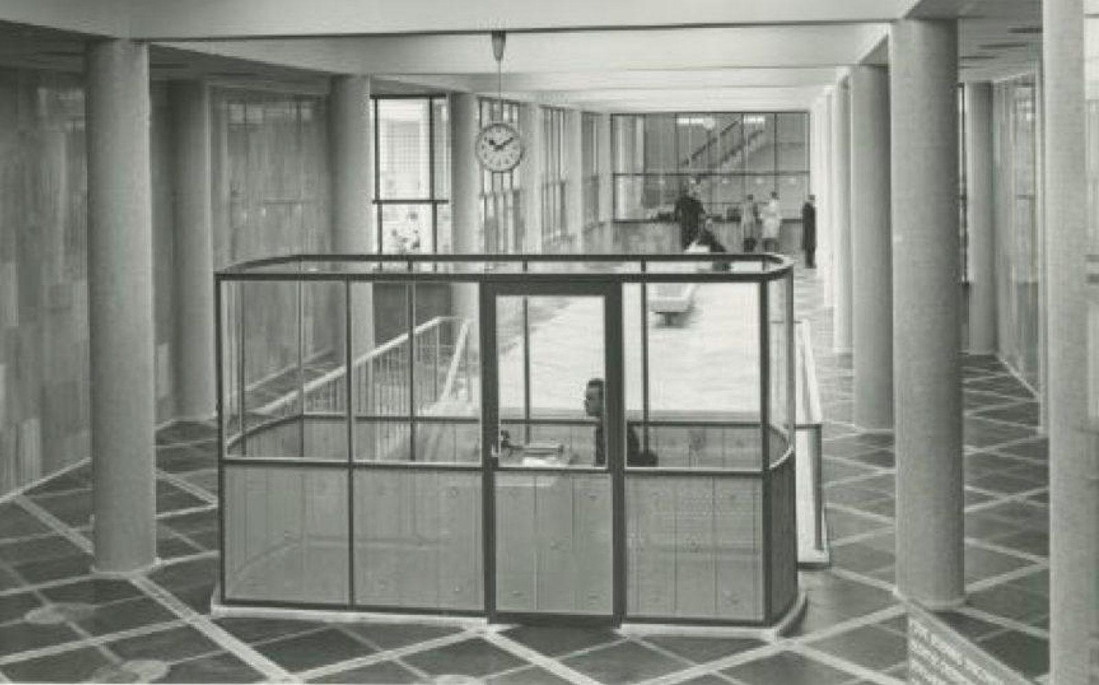 DNB Entreehal eerste etage