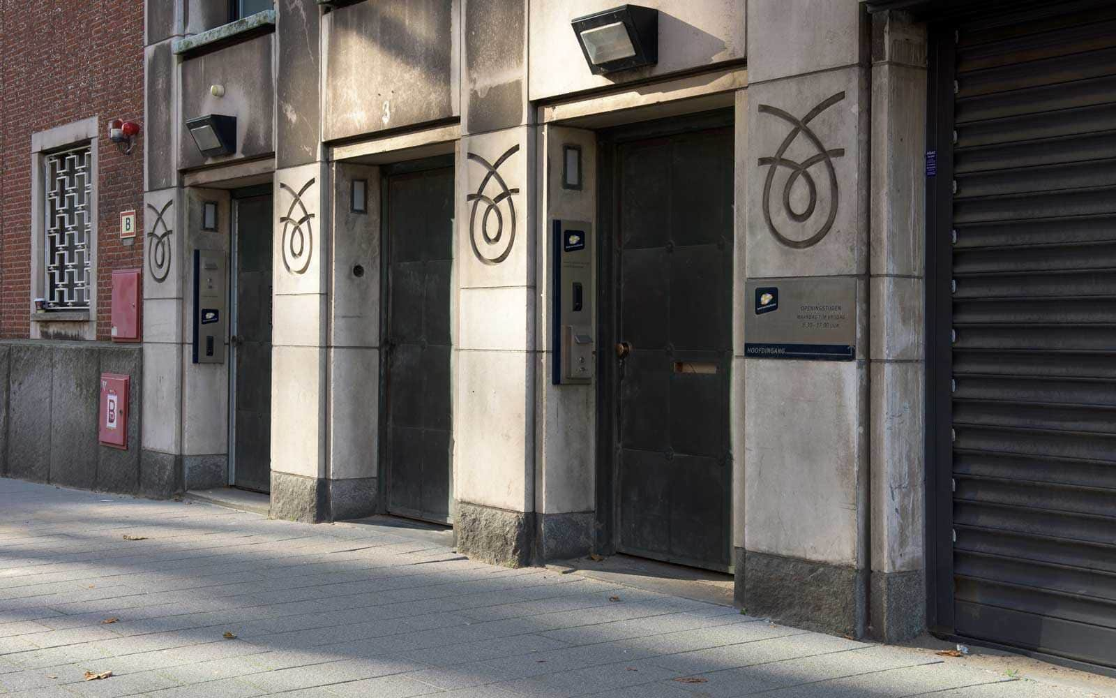 Amsterdamse Bank 4