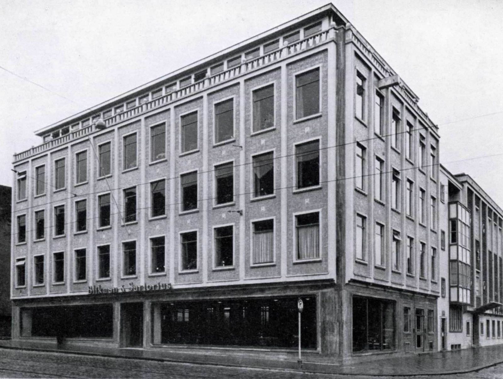 Blikman-Forum-1953-4-5