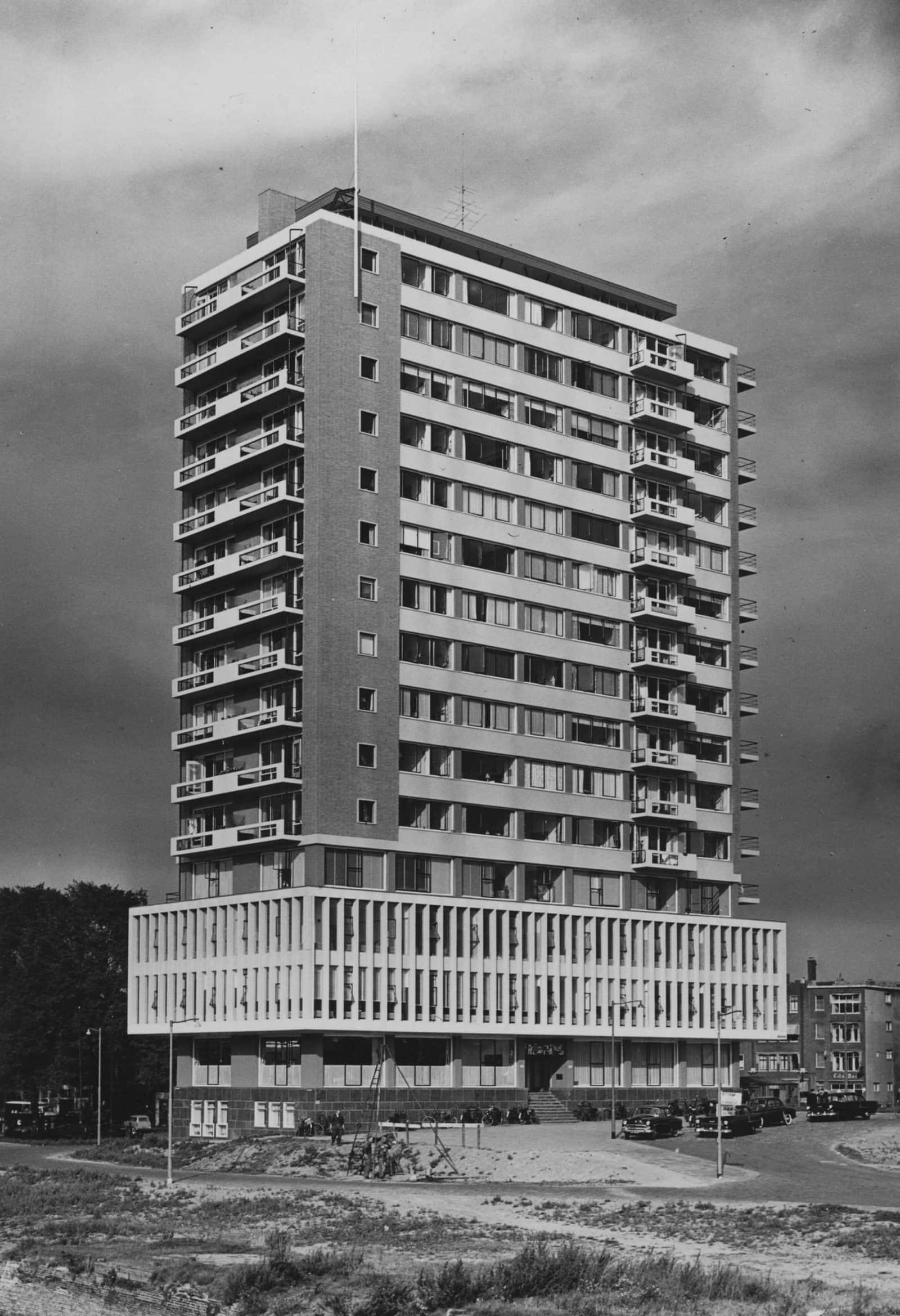 Maastorenflat-NL-Rt SA_4117_1976-7053