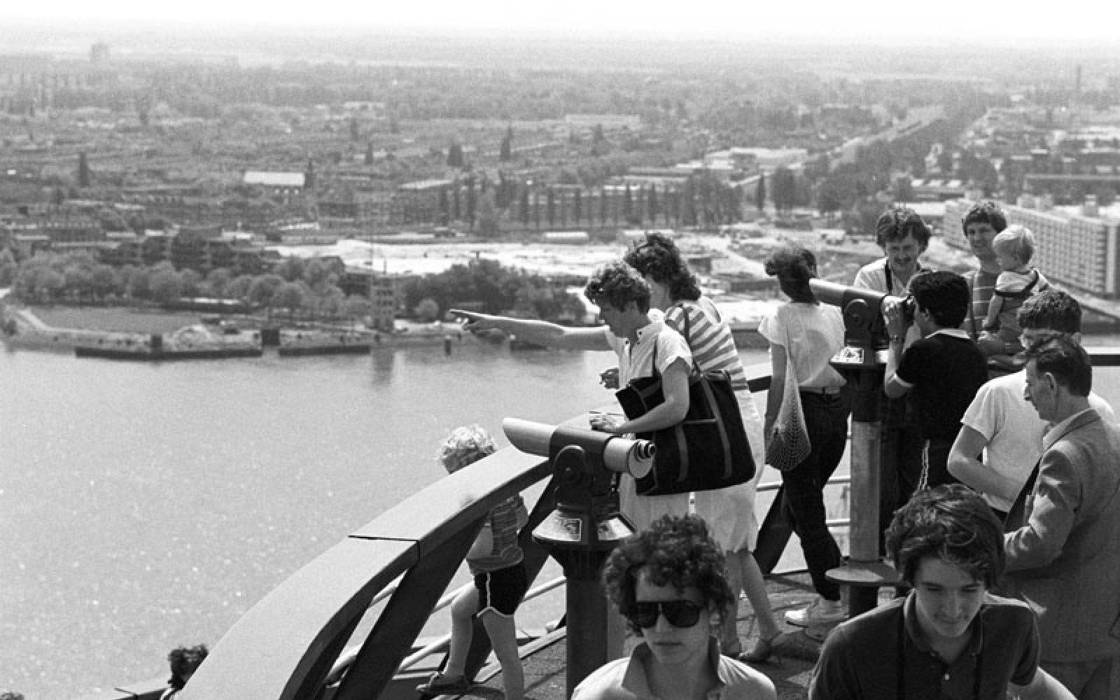 Rotterdam een attractie?! naar IJsselmonde