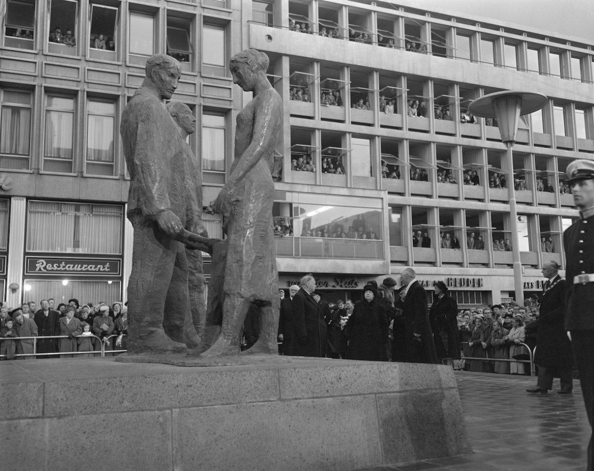 06 monument stadhuisplein NL Rt SA 4121 565 4 01 ag