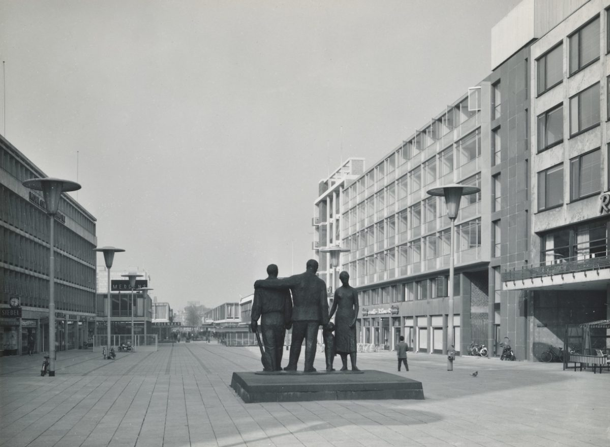 06 monument stadhuisplein NL Rt SA 4273 L 6064 X1