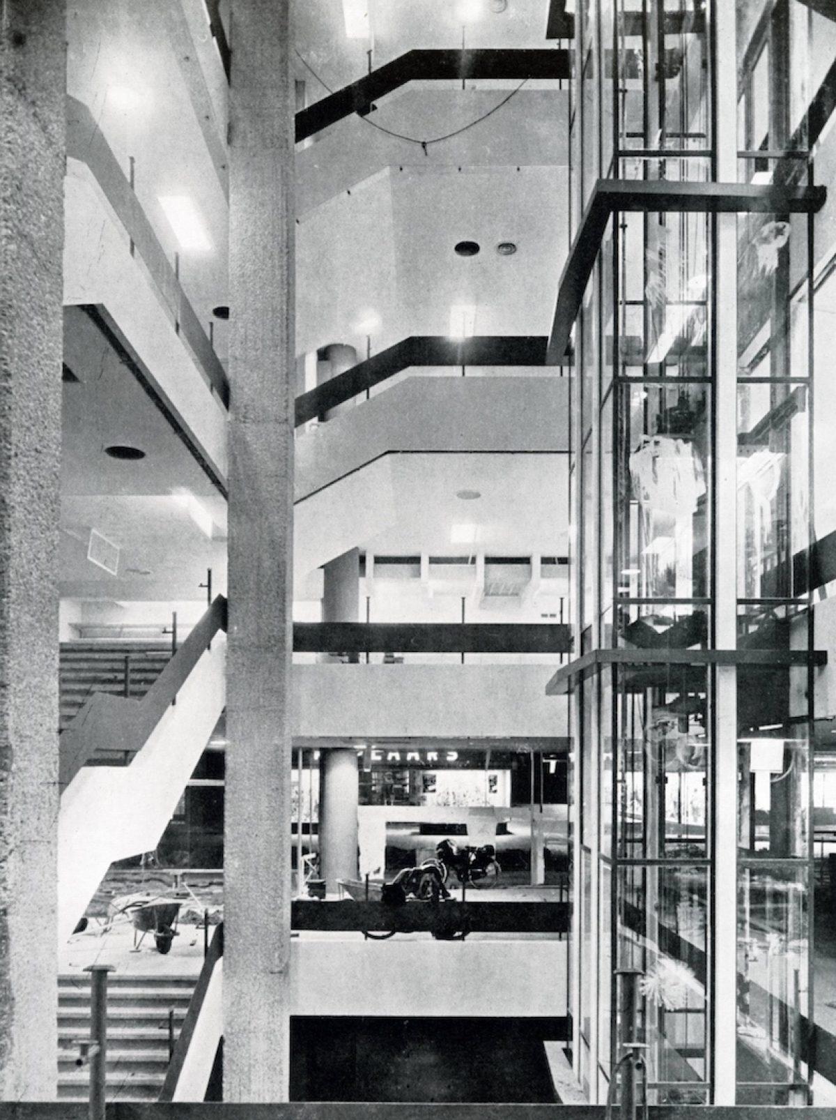 13 klerk 1956 repro1
