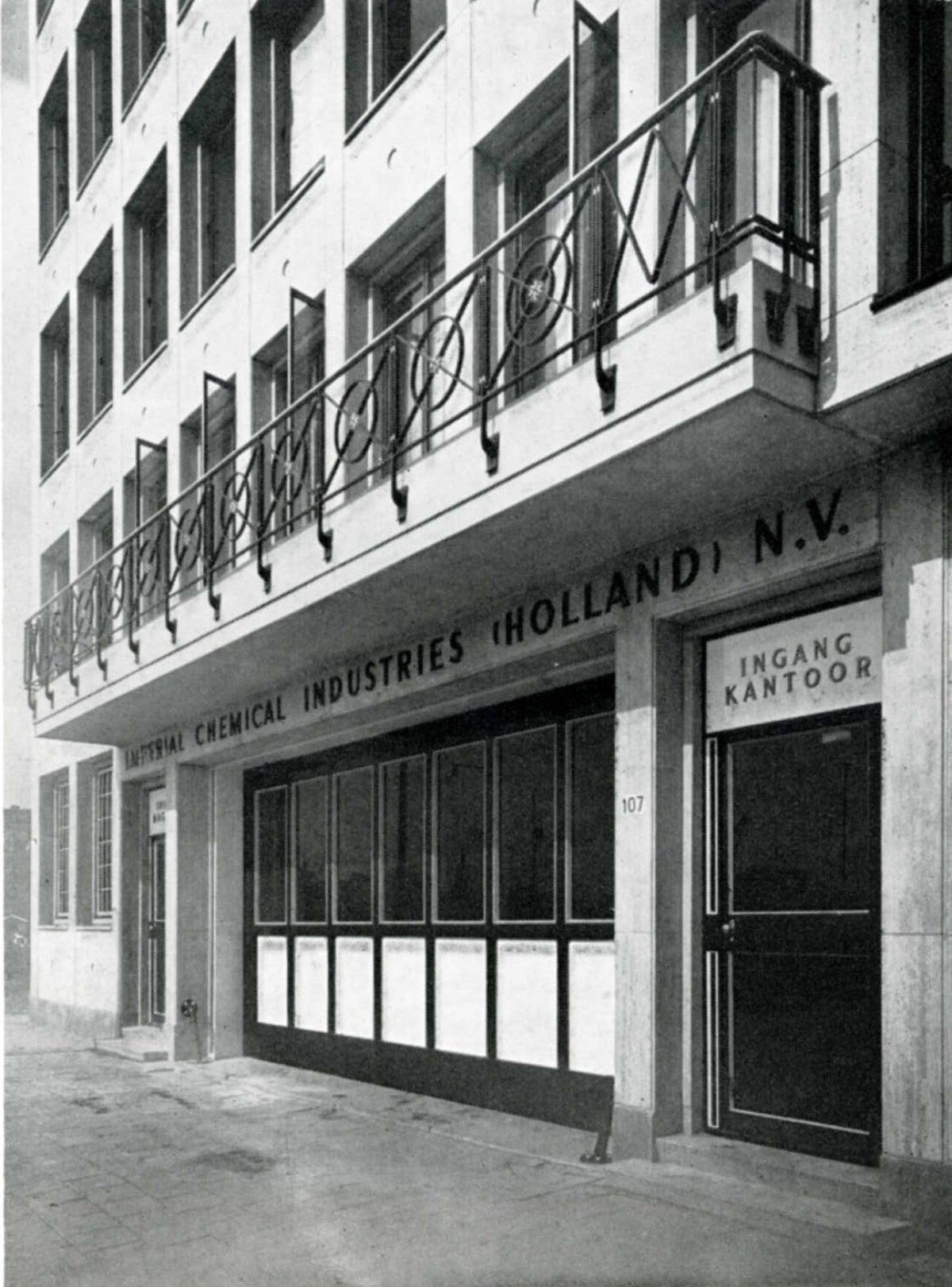 1952 ICI BW 1952 2