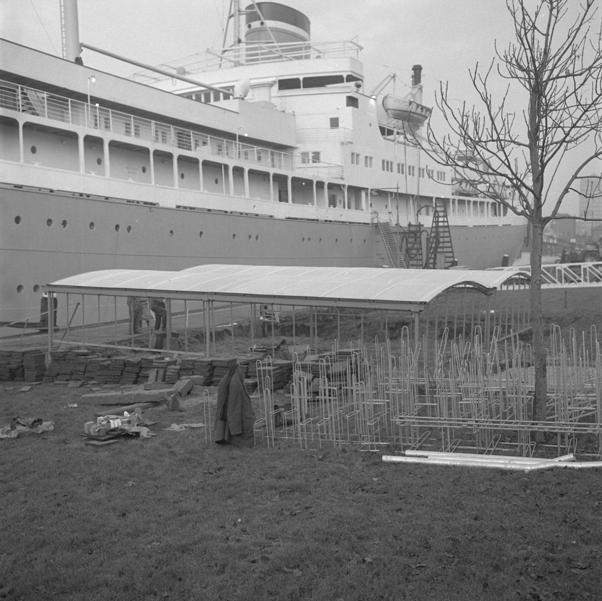 1966 Seven Seas AG NL Rt SA 4121 8790 01