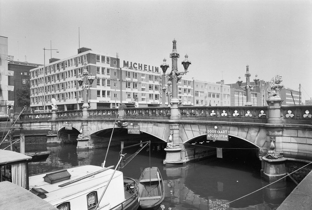 1968 Posthoornstraat en Regentessebrug 118870 RCE