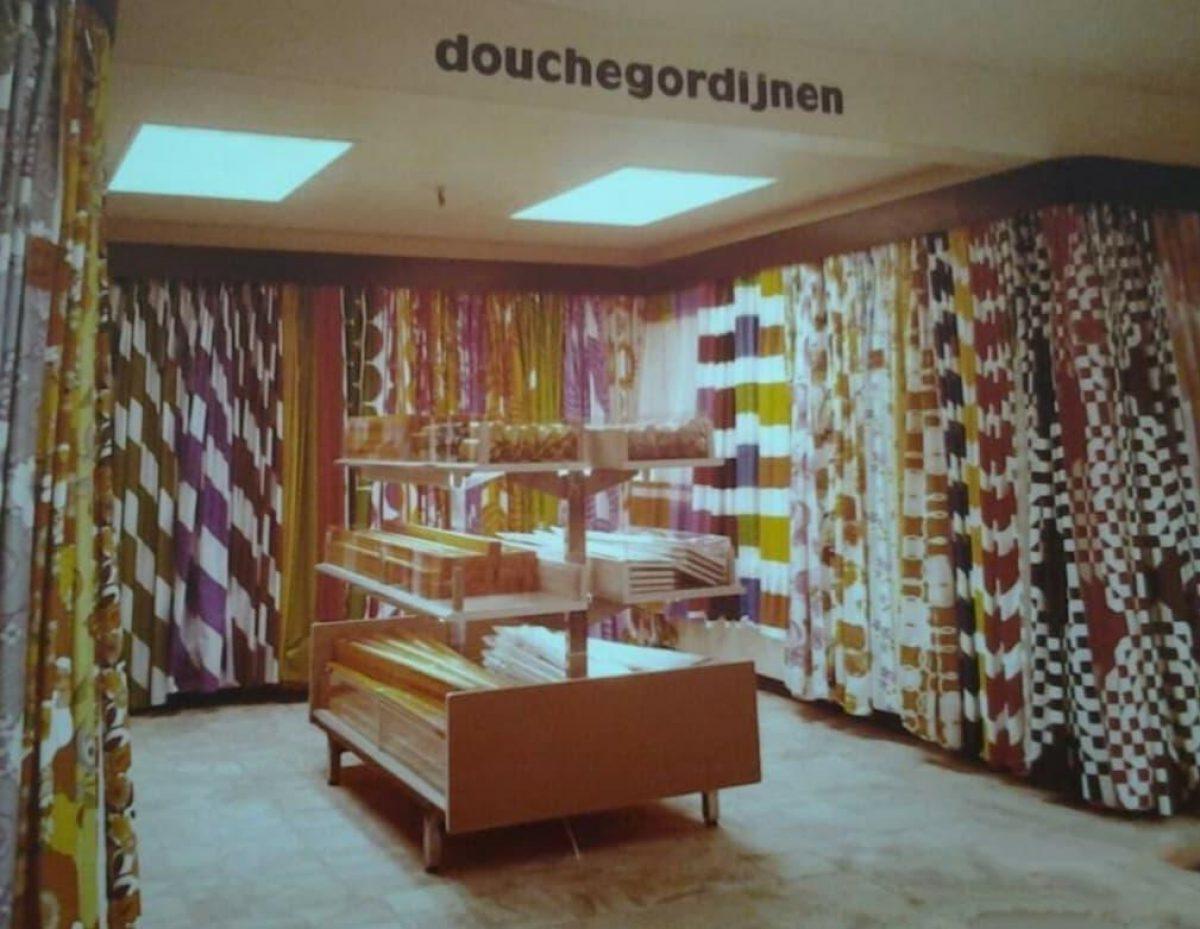 1970 of later Ter Meulen douchegordijnen Hans van Reijnst FB