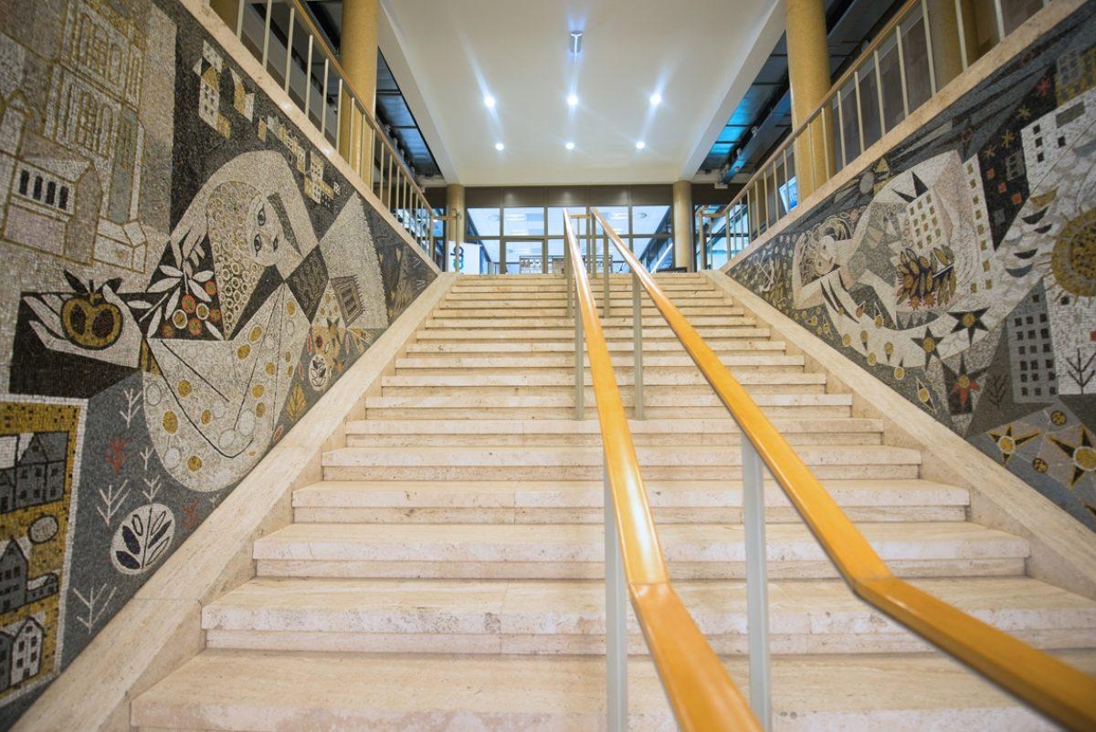 DNB Nieuwe Boompjes 0110 mozaiek trap Roode