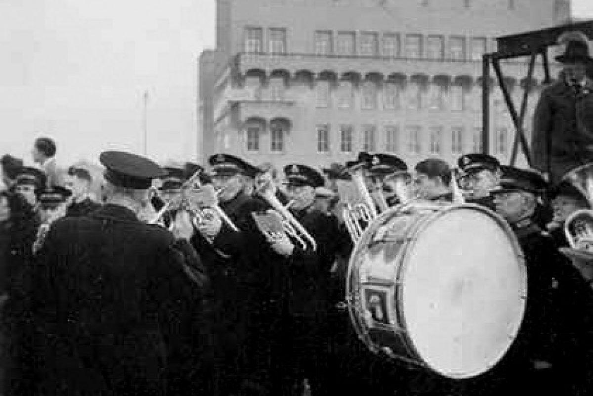 Eerste Paal Leger des Heils orkest oogziekenhuis