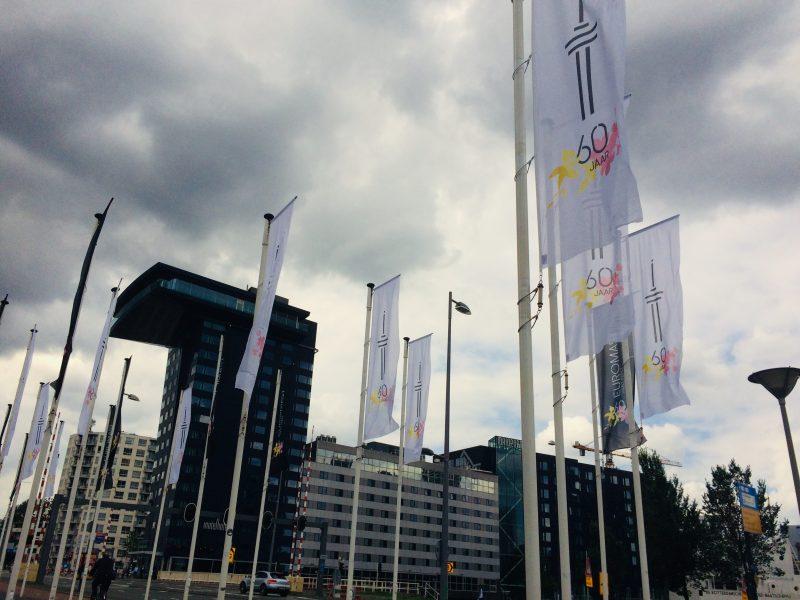 Vlaggenparade met Euromast zestig jaar