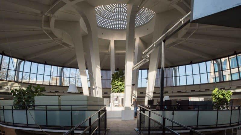 Luistervoorstelling 'De Ziel van de Wederopbouw' Verhalenhuis Belvédère