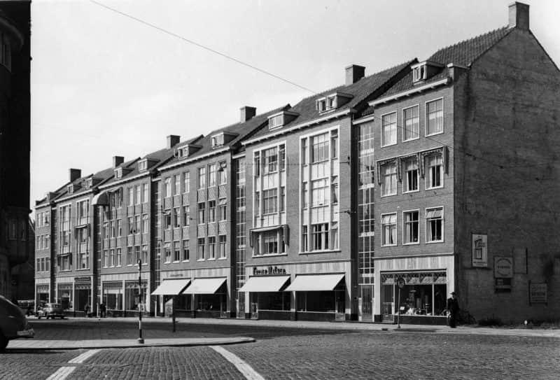 Woningbouw Witte de Withstraat met winkels